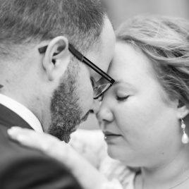 inniges Brautpaar nähe Osnabrück